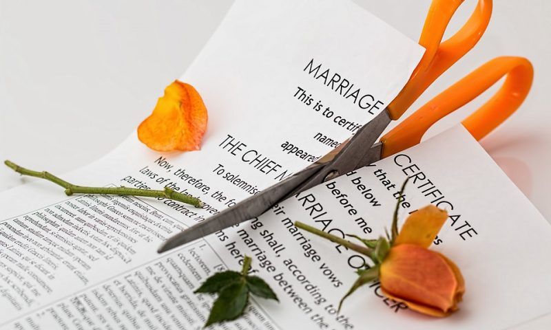 5 Ways to Know Your Marriage Is Over